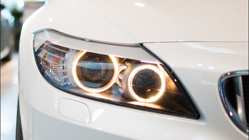 How a Small Electric Actuator Operates Automotive Headlights